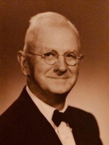 My Hero, My Grandpa 1